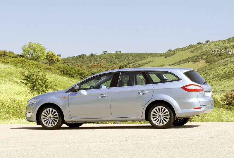 Ford Mondeo (station wagon)